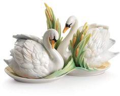 kathy ireland Home by Franz Collection Swan Lake Swan Porcelain Salt Pepper Shaker Set Kathy Ireland, Salt And Pepper Set, Swan Lake, Fine Porcelain, Porcelain Ceramics, Salt Pepper Shakers, Vases, Tea Pots, Pottery
