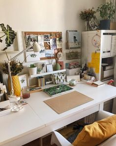 DIY Home Decor - A step by step resource on room decor example. Splendid advice decimal 5404771249 found in home decor on a budget decoration catergory as well posted on 20190330 Study Room Decor, Room Ideas Bedroom, Study Rooms, Cork Board Ideas For Bedroom, Zen Bedroom Decor, Paper Room Decor, Diy Cork Board, Cool Room Decor, Study Areas