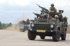 Royal Dutch Army | File:Royal Dutch Army convoy.JPG - Wikipedia, the free encyclopedia