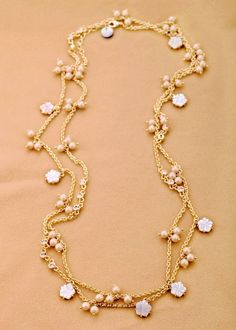gold alloy chain necklace with natural shell and simulated pearl