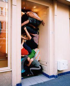 Crazy Contortionist Art: Bodies in Urban Spaces