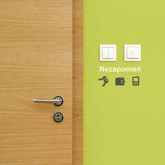 Samolepky na zeď nezapomeň ikonky ke dveřím