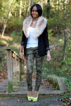 Camo jeans plus furry collar