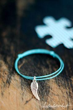 Sommer-Armband mit Knoten und Anhänger