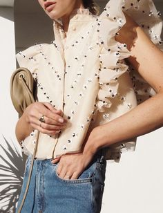 Decadent frill shirt top with embellished detail Fashion Week, Fashion Looks, Fashion Outfits, Womens Fashion, Fashion Trends, Look 2018, Mode Chic, Fashion Details, Spring Summer Fashion