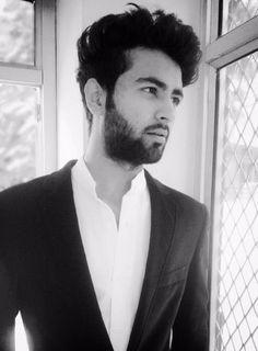 #zaramen #arrow #style #indianboyswag #indianboy #bearded #blackandwhite #photography