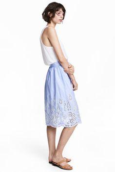 Knee-length skirt - Light blue/Broderie anglaise - Ladies | H&M GB 1