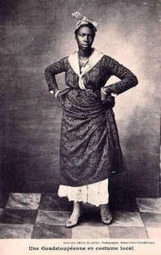 Guadeloupéenne en costume local.