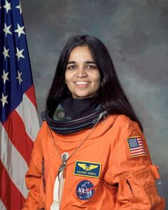 Kalpana Chawla, NASA photo portrait in orange astronaut suit. She flies! Native American Women, Native American History, American Indians, Asian American, Good Woman, Miss Piggy, Columbia, Great Women, Amazing Women