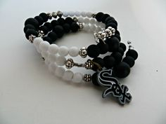 Chicago White Sox Memory Wire Bracelet for Sports Fan by FabulousFunFashion on Etsy
