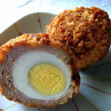 Try this Willard Scott Scotch Eggs recipe, or contribute your own. A breakfast of meat. This recipe will become the approved breakfast from every man in your life. Willard Scott Scotch Eggs Recipe takes hard boiled egg Think Food, Love Food, Egg Recipes, Cooking Recipes, Easter Recipes, Quick Recipes, Easter Ideas, Recipes Dinner, Yummy Recipes