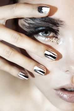 #Black and #Silver #Eyes #makeup #eyeshadow #metallic #nails #beauty #photography