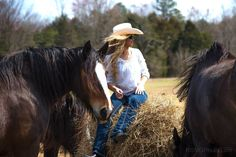 Model:Niki Tilley and the Shires of Kohler Farms BE INSPIRED! Shire Horse, Farms, Cowboy Hats, Horses, Inspired, Model, Animals, Homesteads, Animales
