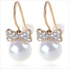 Stylish Pair of Pearl Earrings Eardrops Earbobs Jewelry Ear Ornaments with Rhinestones Decor for Girls $8.04