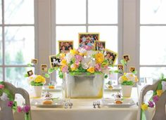 Sandra Lee - A Family Affair tables cape. Great for a birthday party, anniversary or family reunion. Sandra Lee Tablescapes, Swap Party, Ladies Luncheon, Semi Homemade, Family Affair, Mom Birthday, Creative Photography, Decorating Tips, Special Day