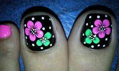 Pink Pedicure, Pedicure Nail Art, Toe Nail Art, Mani Pedi, Cute Pedicure Designs, Toe Nail Designs, Flower Toe Nails, Cute Pedicures, Toenails