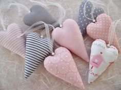 would look sweet on a simple Valentine tree Valentine Tree, Valentine Crafts, Handmade Crafts, Diy And Crafts, Sewing Crafts, Sewing Projects, Fabric Hearts, Soft Heart, Heart Crafts