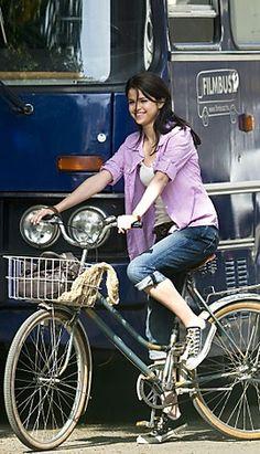 Selena Gomez rides #bike