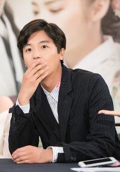 [BY KBS드라마] 두구두구두구두구 D-Day 드디어 그날이 왔습니다!!!!!뜨겁고도 청량하다!KBS 2TV 새 수... My Shy Boss, Queen For Seven Days, Yeon Woo Jin, Korean Actors, Kdrama, Handsome, Couples, Asian, Boys