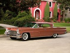 1959 Lincoln Continental Mark IV Two Door Hardtop in a great late 1950s colour. Copper/Zinc
