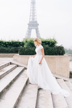 Emerald gown from Saphia Blue by ECD | E & E Photography | | modest wedding dress | modest | sleeves | lace | tulle | ethereal | wedding | wedding dress with sleeves | ballgown | wedding gown | Paris |