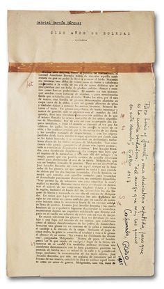 """El manuscrito de Cien Años de Soledad, la obra maestra del realismo mágico. Sobre todos sus escritos, Gabo dice: """"No hay en mis novelas una línea que no esté basada en la realidad""""."""