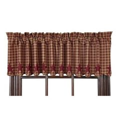 Burgundy Star Scalloped Lined Valance