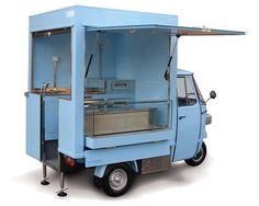 Street food truck built on Piaggio Ape for the brand Caviar House