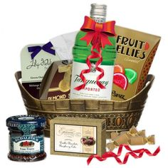 Tempting Tanqueray Gin Gift Basket; This Tempting Tanqueray is sure to please | spiritedgifts.com Alcohol Gift Baskets, Alcohol Gifts, Gourmet Gift Baskets, Gin Gifts, London Dry Gin, Gin Bottles, Wine And Liquor, Gift Sets, Brand It