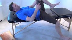 L'arthrose et le manque d'activité physique provoque des raideurs au niveau de la hanche. Ces exercices proposés par le Kinésithérapeute de Guide-arthrose.com vous permettront de retrouver de la souplesse et de lutter contre les douleurs.
