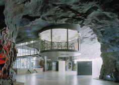 Risultati immagini per bunker antiatomici svezia