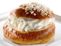 The last day before Lent food, Laskiaispulla (although the tradition of lent is only followed by the (Russian) Orthodox church in Finland.