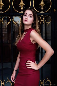 Modèle : Aude R. Modèle  #model #girl #paris #opera #reddress #beauty #hair #woman #color Ukraine Girls, Hollywood Actresses, Girl Pictures, Opera, Bodycon Dress, Paris, Woman, Model, Photography