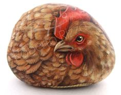 Hen | Rock painting art by Roberto Rizzo