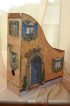 Adorable painting on magazine holder. Wonder if I can find a print out pic to do this. Decoupage Box, Decoupage Vintage, Tole Painting, Painting On Wood, Diy And Crafts, Paper Crafts, Ideias Diy, Altered Boxes, Diy Box