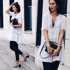 Endlich Sommer- ich dreh durch ☀️ jetzt kann ich dieses Spitzenkleid auch ohne Jeans tragen. Den Look gibt's aber jetzt erstmal auf dem Blog  habt einen schönen Abend  #potd #ootd #outfit #outfitoffheday #fashion #fashionable #fashionista #fashiondaily #fashionaddict #fashionblogger_de #germanblogger #inspo #instagood #instamood #daily #dailyinspo #style #stilkolik #streetstyle #stylerankinglovesmystyle #lookbook