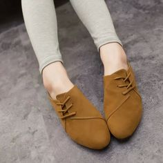 2015 Primavera Sapatos Femininos Mulheres Sapatos de Couro Nubuck Casuais lace Up Sapatos Baixos Cabeça Bonito Do Dedo Do Pé Sapatos Preguiçosos Sapatos Mujer Zapatos em Sapato baixo de Calçados no AliExpress.com | Alibaba Group