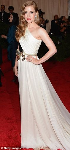 Old Hollywood glam at the #MetBall