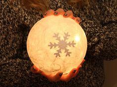 """Leuchtkugel """" Schneestern """"   weiß von Creativablue auf DaWanda.com"""