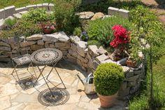 Ideas for designing a Mediterranean garden - David Domoney Tree Mulch, Mediterranean Garden Design, Natural Ecosystem, Outdoor Lighting, Outdoor Decor, Outdoor Dining, Dining Area, Garden Stones, Outdoor Christmas Decorations