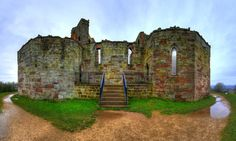 BUILT BY ROBERT DE TODENI, (LATER KNOWN AS ROBERT OF STAFFORD), IN THE NORMAN PERIOD, STAFFORD CASTLE HAS DOMINATED THE LOCAL SKYLINE FOR OVER 900 YEARS.