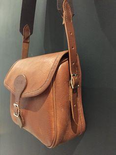 Bespoke gun cartridge bag | JADERhone leathergoods