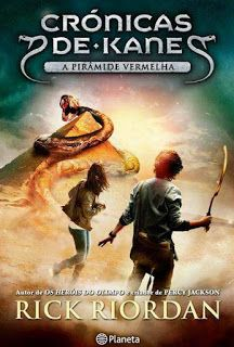 Livros Junior e Juvenil: A Pirâmide Vermelha de Rick Riordan