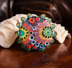 Space Traveling 1 focal bead by Michou P. Anderson von michoudesign