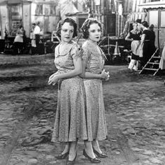 """Violet & Daisy Hilton in Tod Browning's """"Freaks."""""""