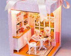 DIY Puppenhaus Miniatur Rosa Traum Dollhouse Kit von UniTime