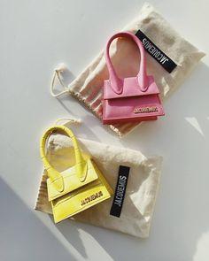 Louis Vuitton Handbags, Purses And Handbags, Jacquemus Bag, Fashion Bags, Fashion Accessories, Sacs Design, Accesorios Casual, Cute Purses, Cute Bags