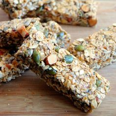 Essential Nut and Seed Granola Bar- a vegan and gluten-free no-bake healthy snack!