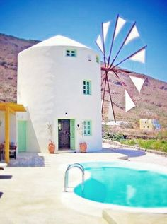 Love this! How often do you get to stay in a windmill? Did I mention it's a windmill in Greece? Who's with me?! :) #AirbnbViews