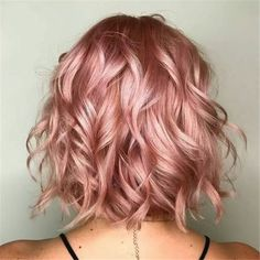 rose gold hair 37 Lovely Balayage Hair Inspiration and Guide - Beautified Designs Cabelo Rose Gold, Pink Ombre Hair, Rose Pink Hair, Dyed Hair Pink, Curly Pink Hair, Rose Hair Color, Rose Gold Ombre, Pastel Pink Hair, Blue Hair